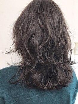 エスクローバー 夢前店(S Clover)の写真/オトナ女性らしい美しい髪へ―。ダメージレスのこだわりカラーでグレイカラーもおしゃれ感覚で楽しめる♪