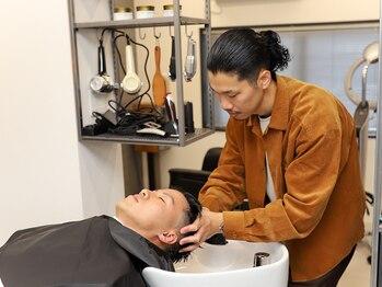 ダブルバブルバーバー(DOUBLE BUBBLE BARBER)の写真/¥1,000~とお手軽にできる価格が嬉しい!頭皮を健康的に保ち髪もキレイに☆頭皮のお悩み是非相談ください◎