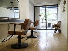 クラフト ヘア デザイン(CRAFT HAIR DESIGN)の雰囲気(半個室のプライベートスペースもございます。)