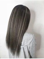 ソース ヘア アトリエ(Source hair atelier)【SOURCE】スタイリッシュハイライト