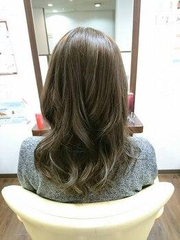 ヴィアーレ(VIALE)の写真/憧れの色味&スタイルをカタチにして、ダメージレスなツヤ髪を手に入れよう!!