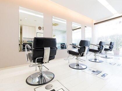 ユミヘアーデザインアンドクリニック(YUMI hair design&clinic)