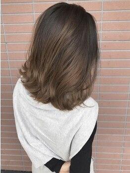 ワンラブ(ONELOVE)の写真/弱アルカリカラーで低刺激。ずっと続けられる「次世代の白髪染め」