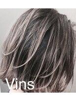 ビーヴァンス(B'Vins)デザインカラー