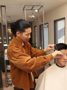 ダブルバブルバーバー(DOUBLE BUBBLE BARBER)の写真/品の良さ、爽やかに仕上げるビジネスマン向けヘアスタイルが得意!ON/OFFどちらもきまるスタイルに好評価有!
