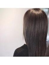 ヘアープレイス ガガ(Hair place GAGA)アメジストグレージュカラー