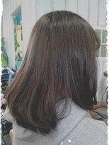 ヘアサロンアンドリラクゼーション マハナ(Hair salon&Relaxation mahana)まとまりやすいフェミニンなミディアムスタイル!