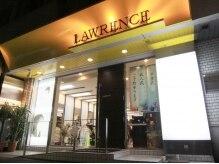 ローレンス(LAWRENCE)の雰囲気(【根岸駅】から徒歩30秒!黄色い看板が目印です)