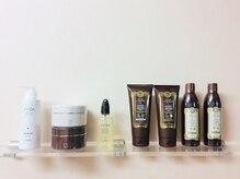 美容室 みるくの雰囲気(オトナ女性に嬉しいエイジングケア商品の数々。)