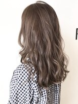 フレイムスヘアデザイン(FRAMES hair design)フォギーベージュ×外国人風波ウェーブロング