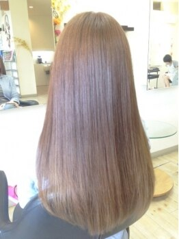 ヴァニラ(Vanilla)の写真/手触り滑らかなストレートに変身☆!髪を保湿しながら施術するからダメージが少なくさらさらに…♪