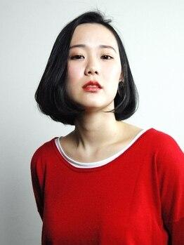 ニコ(nico)の写真/余計なデザインを排除した、潔いカットがあなたの生活にマッチ。ミニマムなフォルムで見せる理想の女性像