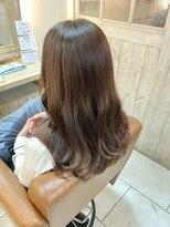 エイミーバイアフロート(amie by afloat)柔らかなブラウンベージュに流れる前髪☆