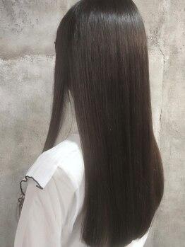 ディ シェーレ 磯子本店(die schere)の写真/3種のストレートメニュー+αにより、理想を形に。クセ毛ではもう悩まない―あなただけの縮毛矯正を提案。