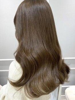 ネオリーブギンザ(Neolive GINZA)の写真/【カット+カラー ¥7700】アディクシーカラー・イルミナカラー取り扱い♪明るく染まる白髪染めも同価格◎