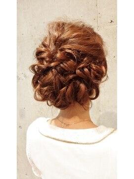 スリル 用賀店(sulir hair and nail design)ルーズ、ねじり編み込み、ヘアーセット