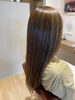 ハピエル ヘアークルー(HAPPYEL hair crew)の写真/どんな色味も思いのまま☆髪の状態に合わせて薬剤を選ぶから、ダメージレスで理想のカラーに♪