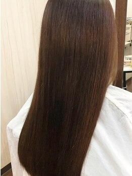 ナチュラルエフ(natural f)の写真/縮毛で失敗した方・ダメージが気になる方に!髪質改善できる『極上ストレート』で毎日のStylingが楽に♪