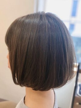 メリッサ ヘアーアンドスパ(melissa hair&spa)の写真/明るい白髪染めが叶う《クリスタルカラー》♪しっかり白髪を染めつつ、上品な髪色へ。オーガニックヘナも◎