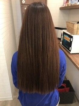 カラーカラー(color×color)の写真/低価格×高品質な髪質改善が魅力◎指通りなめらかなサラツヤヘアに導きます。綺麗な髪で女子力もUP!