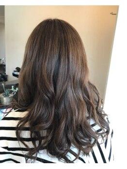 ノル ヘアアンドスパ(NOL HAIR&SPA)の写真/白髪をカバーしつつ好みの明るさ、色を選べます☆。・季節に合わせたカラーで旬ヘアスタイルを手に入れて♪