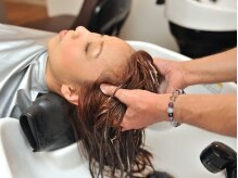 マテリアル(material)の雰囲気(心地良い香りに包まれる極上スパで頭皮から美しく美髪へ導きます)