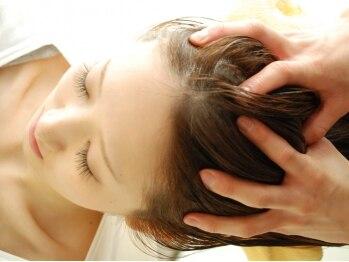 ヘアーパレス フタバ(Hair palace FUTABA)の写真/【リフトUP☆コース ¥5400】頭皮を柔軟に…潤いを持たせることで、健康な髪づくりの手助けをします!