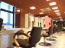 ヘアサロンショコラ 南大沢店(Hair Salon Chocolate)の雰囲気(広々とした空間でリラックス!)