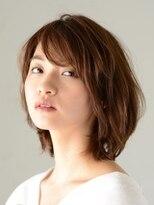 アース 恵比寿店(HAIR&MAKE EARTH)ひし型シルエットの美人ミディアム