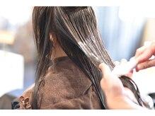 【インカラミし、毛髪内部に芯を形成】