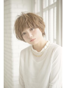 アドラーブル 万代店 (adorable)エアリーショート【イルミナカラー/髪質改善】