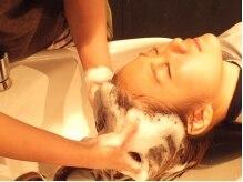ヘアメイク マルナ 本店(HAIR MAKE MALUNA)の雰囲気(炭酸スパで頭皮の皮脂や角質を落とし、艶とコシのある髪に!)
