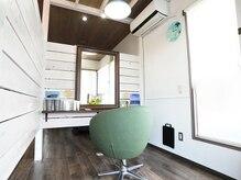 ヘアサロンアンドリラクゼーション マハナ(Hair salon&Relaxation mahana)の雰囲気(半個室でゆったりとした時間を過ごせます(*´∀`)♪)