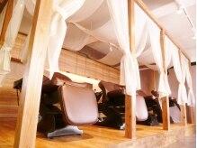 サリューヘアリゾート(saLyu hair resort)の雰囲気(落ち着いた店内♪FULLフラットになるシャンプー台で癒しを…)