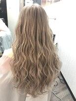 ヘアーグランデシーク(Hair Grande Seeek)外国人風ホワイティーシールエクステ♪