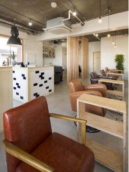 コフタヘアー(cofta hair)の写真/昨年5月にオープンした西区にあるcofta hair。上質でおしゃれな店内にてゆったりとした時間を提供します☆