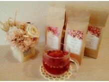 アンビアンスアミ(ambiance ami)の雰囲気(ドライフルーツ入りの紅茶をご用意。癒しタイムを是非♪)