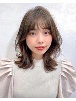 リコ(riko)【riko荒木】韓国風くびれレイヤーショコラグレージュ小顔バング