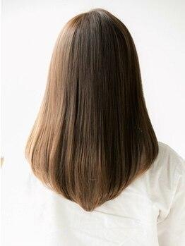 リヴィエラ 上野御徒町店(Riviera)の写真/《毛髪科学の検定も合格》ヘアケアマイスターの資格を持つスタッフが髪のお悩みも親身に相談、解決します!
