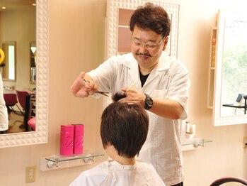 ヘアワークス ヴィヴィ(Hair works ViVi)の写真/技術が求められるショートヘアやボブスタイルも熟練のプロにおまかせ◎あなたも大胆なイメチェンにトライ!