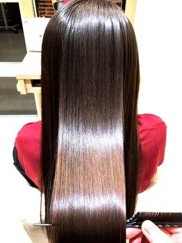 """ルネッタ (Lunetta)の写真/""""エクラスタトリートメント""""で、みずみずしいツヤ髪になれる☆全国で1%の取扱いしかない希少価値の高いTr"""