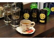 マークス(Hair Design MarkS)の雰囲気(カラーやパーマの待ち時間に美味しいコーヒーと紅茶をどうぞ♪)