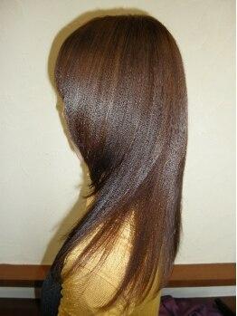 美容室デジャ・ヴュの写真/髪に必要な水分・タンパク質が中まで浸透し、ダメージを修復するから軽く自然に。髪のおさまりもよくなる!