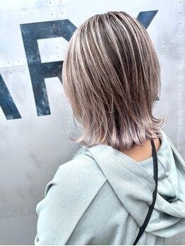 オープンジョー(Open Jaw)の写真/髪や頭皮にも優しい、こだわり抜いた厳選薬剤使用でアナタ色に染める◇ツヤ/柔らかさ/色持ちの良さも抜群◎
