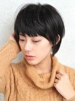 パティオン(PATIONN)黒髪耳かけシルエットが綺麗なふんわり大人ショートスタイル☆