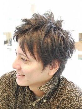 ラウンジシエロプラス(Lounge Cielo Plus)の写真/新宿御苑前10秒&22時まで営業♪【期間限定カット¥3980】髪が伸びてもキマる、計算されたカットに圧巻!