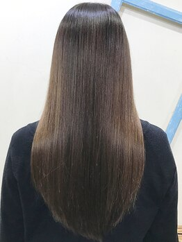 アッシュ ヘアーメイク 桐生(ash hair×make)の写真/<Aujua-オージュア->取扱い◎髪質に合わせたオーダーメイドトリートメントで理想の髪に導きます!【桐生】