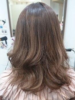 フフ 稲沢店(FuFu)の写真/似合う髪色と、トレンドを抑えたカラーでおしゃれに!!肌や瞳の色、ライフスタイルまで考えた提案が嬉しい♪