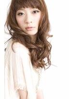 ナチュラルウェーブロング【Lucia hair pluie心斎橋店】