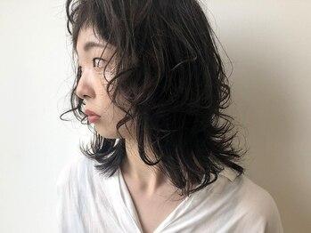フィール ライジング 磐田(feel Rising)の写真/風に揺れる女子力UPのパーマ♪BESTスタイルが再現できるよう、スタイリングやアレンジのアドバイスもOK◎